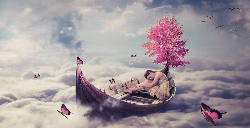 Pendant la séance de rêve la jeune femme se voit voguer dans un bateau au-dessus des nuages